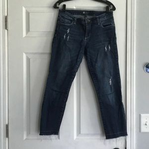 KUT from the Kloth distressed Jeans👖 trendy! Sz 4